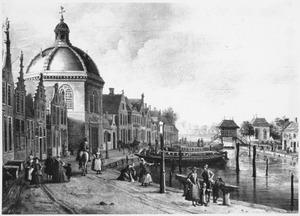 Gezicht op de oude dorpskern van Leidschendam met de Hervormde kerk en de sluizen