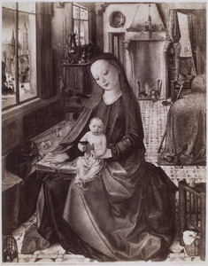 Maria met kind met vogeltje in een gotisch interieur