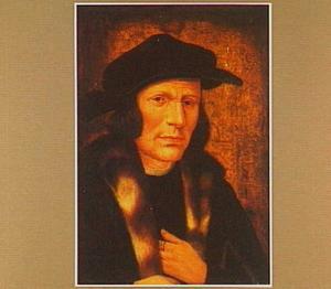 Portret van een man met een zwarte, breedgerande baret en een met bont afgezette mantel