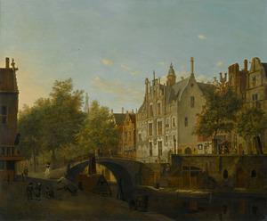 Delft, gezicht op de Oude Delft met het Gemeenlandshuis van Delfland