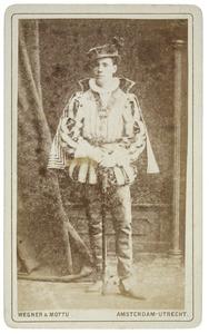 Portret van Willem Herman Johan Roijaards (1857-1929) als Markies d'Havré