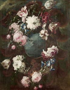 Bloemen in en rondom een ornament