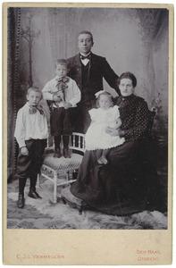 Portret van Jacobus Willem de Bock (1871-1945) en Hendrina Sophia de Kievit (1873-1951)