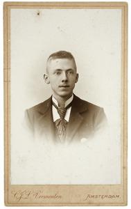 Portret van een man, mogelijk Christiaan Frederik Doyer (1880-1960)