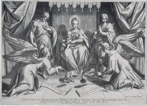 Maria met kind op een troon, geflankeerd door Johannes de Doper (links) en Johannes de Evangelist (rechts)