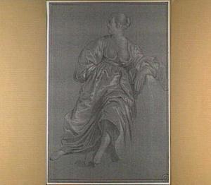Zittende vrouw, kijkend naar links