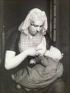Zogende moeder