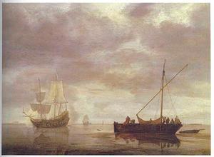 Kalme zee met een tweemaster die een salutschoot lost