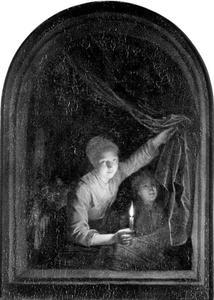 Meisje met een kaars en jongen in een venster