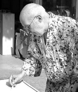 Portret van de kunstenaar Arman