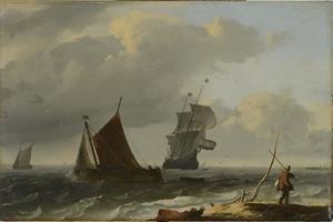 Schepen voor de kust, in de voorgrond een man op de oever