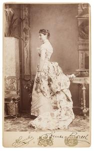 Portret van Louise Antoinette Maximilienne barones van Hangest d'Yvoy (1856-1950)