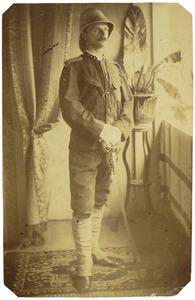 Portret van J.H.P. van Aken (1851- )