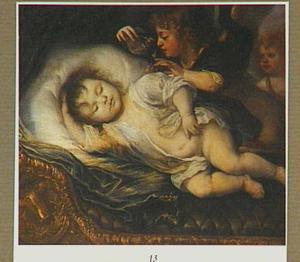 Doodsbedportret van een baby, omgeven door twee putti