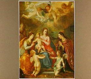 De H. Familie met de HH. Catharina van Alexandrië en Barbara met engelen