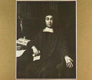 Portret van een priester, met links boeken en een crucifix