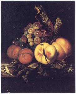Vruchten op een marmeren tafel