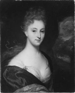 Portret van een jonge vrouw met lange haar