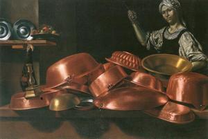 Stilleven met een keukenmeid naast koperen pannen en bakvormen