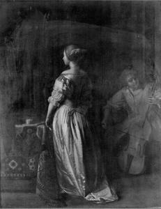 Staande vrouw en een vrouw die cello speelt (fragment)