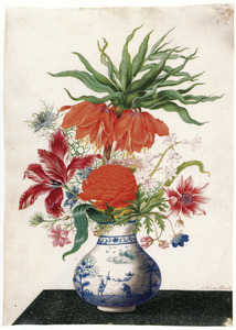 Voorjaarsbloemen in Chinese vaas met bovenaan keizerskroon
