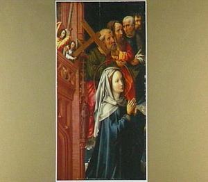 Retabel met het Laatste Oordeel uit de St-Albanskerk in Keulen: Maria met vier apostelen en engelen met de passiewerktuigen