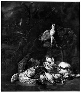Jachtstilleven met jachtvalk, dode haas en gevogelte