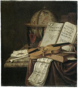 Vanitasstilleven met hemelglobe, boeken, een muziekboek, een viool, een glas wijn en rookgerei met een smeulende lont op een deels met een kleed bedekte marmeren blad