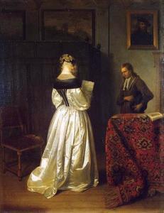 Een jonge brief lezende vrouw  en een bode in een interieur
