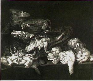Visstilleven met kabeljauw in mand, krab en moten vis, met een weegschaal op de achtergrond