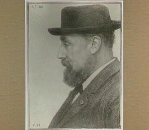 Portret van de schilder Hendrik Willem Mesdag op 64-jarige leeftijd