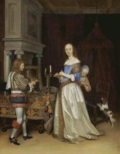 Een jonge vrouw voor haar toilettafel, geholpen door een kamermeisje en een page