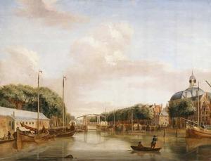 Gezicht op de Blaak te Rotterdam vanuit het westen; links de Zeevismarkt en rechts de Lutherse kerk aan het Wolfshoek