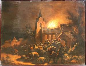 Nachtelijke brand in een katholieke kerk, met plunderaars