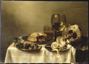 Stilleven met een omliggende zilveren tazza, een roemer, een glazen beker, een gebroken wijnglas, tinnen schotels met gebak en een deels geschilde citroen op een tafel