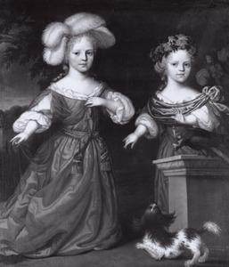Portret van onbekende twee meisjes