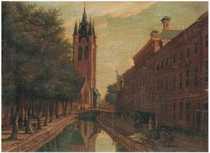 De Oude Gracht in Delft met de toren van de Oude Kerk