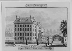Linker- en voorzijde van kasteel Amerongen