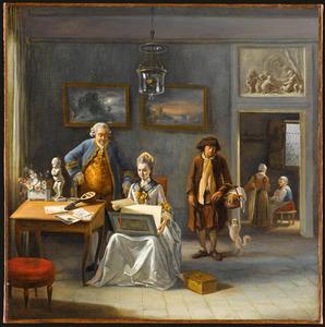 Interieur met een man en vrouw die prenten bekijken