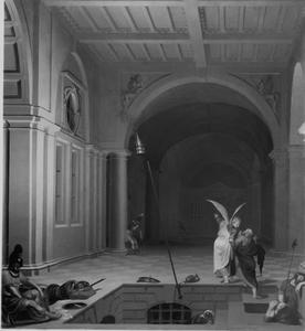 Paleisinterieur bij nacht met de bevrijding van Petrus