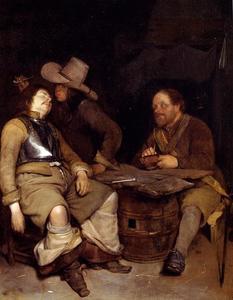 Interieur met een man die een slapende soldaat pest