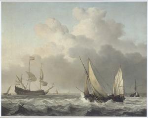 Zeilende schepen op golvende zee