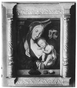 De Heilige Familie met het kind slapend op de borst van Maria