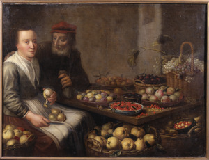 Jonge vrouw die een peer schilt aan een tafel met verschillende vruchten, terwijl een oude man met een geldzak haar aanspreekt