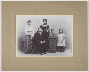 Portret van het gezin Reitsma-de Gavere