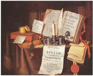 Vanitasstilleven met inktstel, horloge, boeken en paperassen op een gedekte tafel