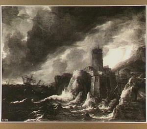 Schepen in storm voor een rotsachtige kust met een versterkte stad