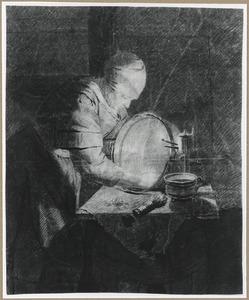 Vrouw een koperen ketel poetsend
