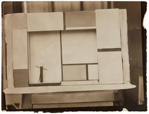 """Stage set model for Michel Seuphor's """"L'Éphémère est éternel"""""""