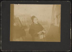 Portret van twee mensen op straat (muzikanten)